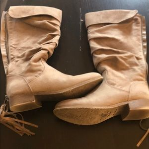 Tan suede boots, size 7, worn once